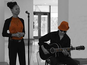 Red Sahara - Sabrina Clery  and Vita Tanga